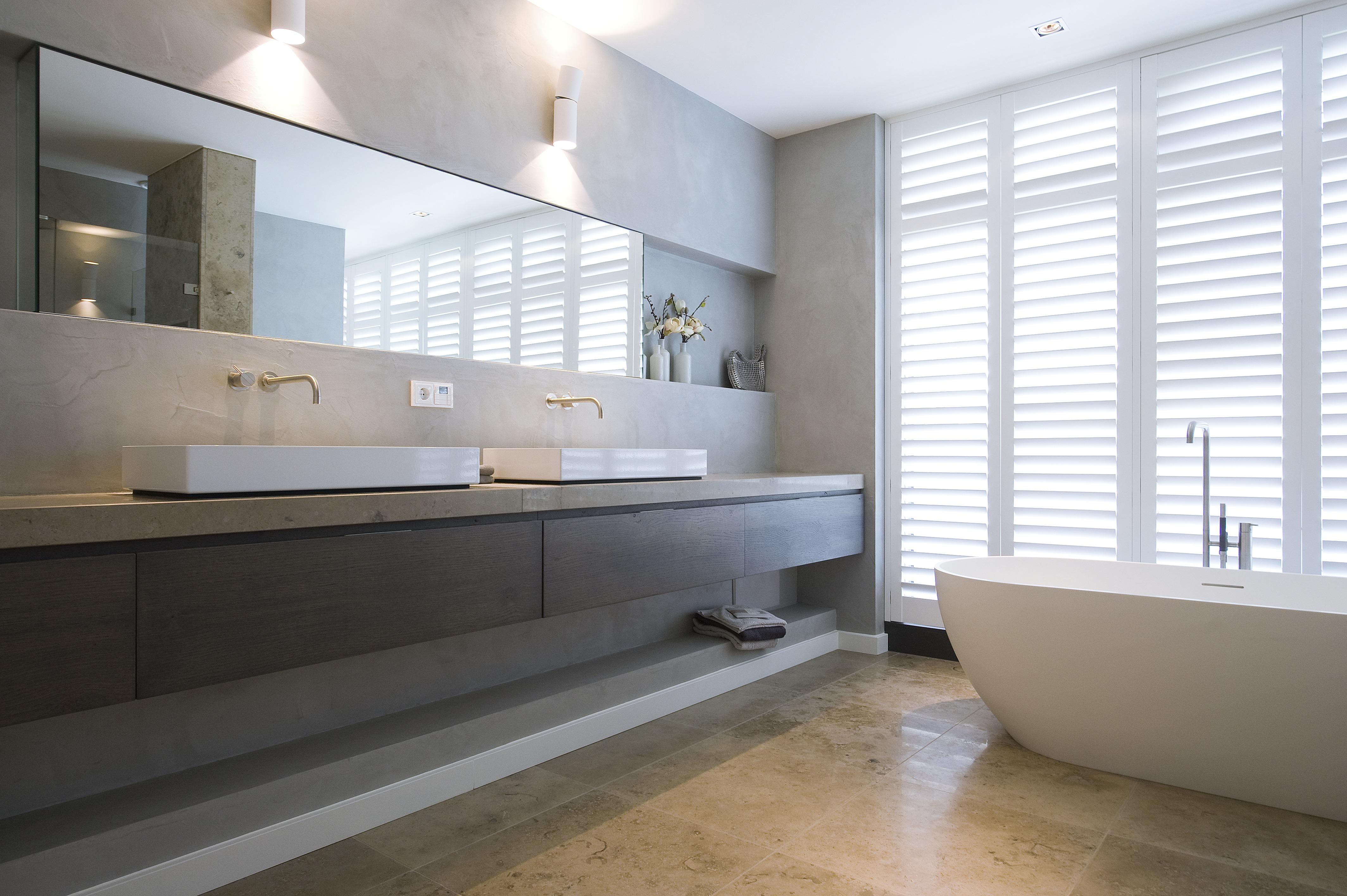 Moderne klassieke badkamer