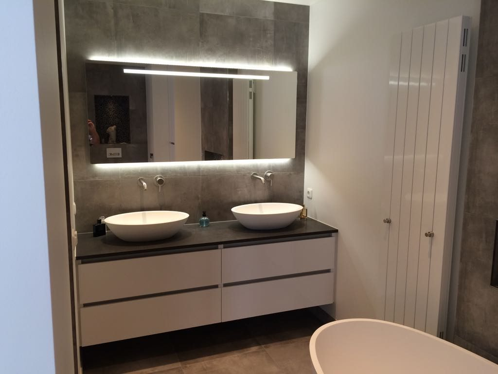 Badkamer Showroom Amersfoort : Solid surface & betonlook badkamer ⋆ wiesenekker badkamerconcepten