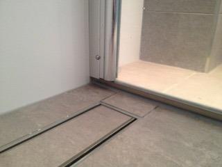 Inloopdouche en toiletafvoer koof badkamer Maurik - Wiesenekker ...