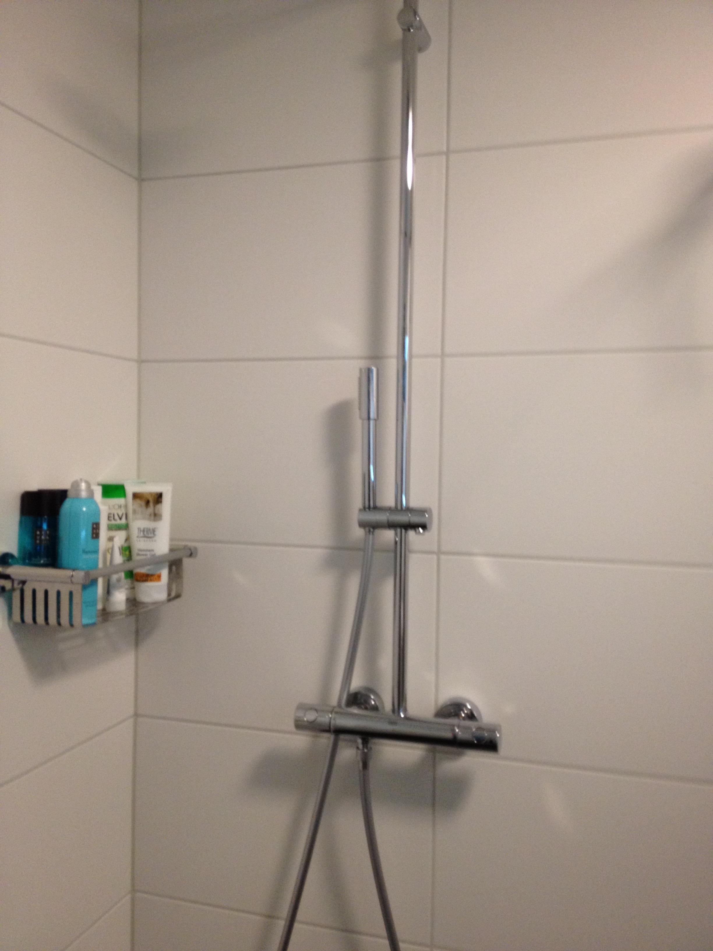 badkamer zwevende douche veenendaal wiesenekker badkamerconcepten
