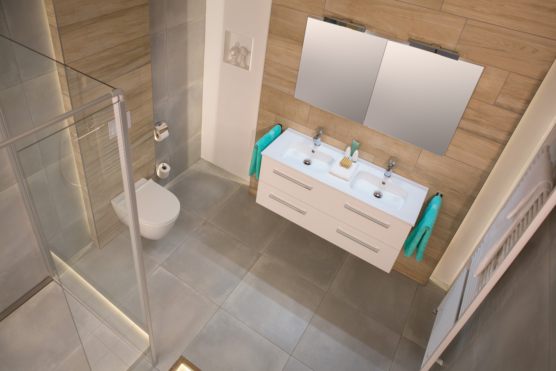 Gestucte Badkamer Nadelen : Praktische badkamer. awesome kleine badkamer ideeen met houten vloer